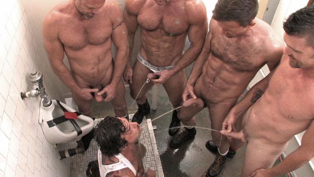 gay pissing orgy
